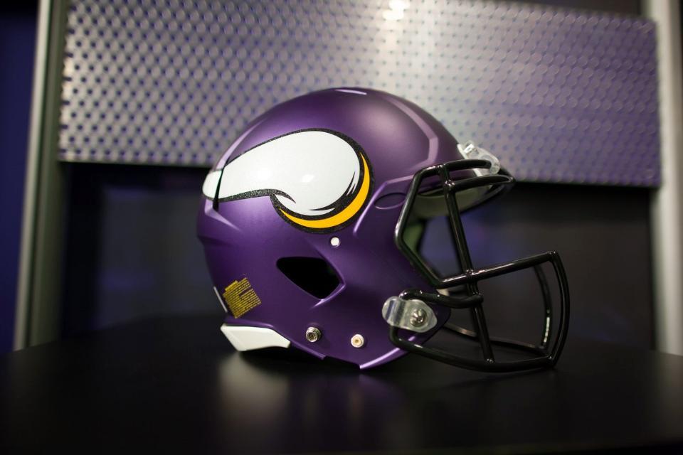 Vikings Sign Quarterback Mike Kafka