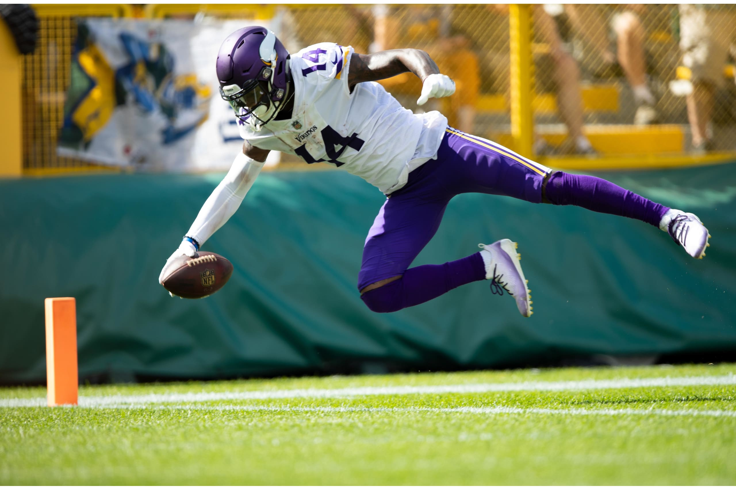 Diggs-td-extension-vs-packers